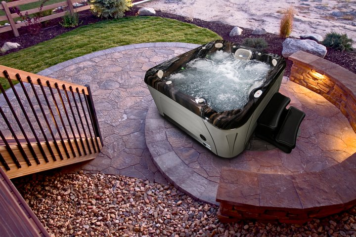 Serenity 6800 – Large 6-7 Person - Image1